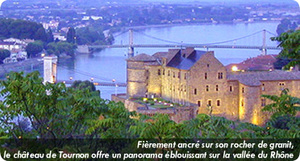 Tournon_chateau_2